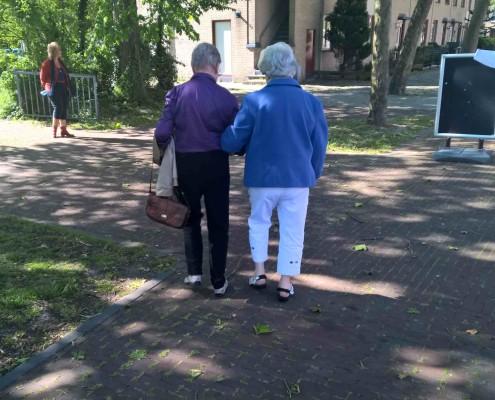 naar het buurthuis bewegen voor ouderen haarlem schalkwijk buurthuis samenmetdebuurt