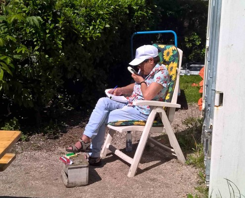 ouderen in de zon haarlem schalkwijk buurthuis samenmetdebuurt